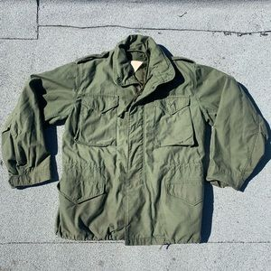 VTG M-65 Military Issue Cold Weather Field Jacket